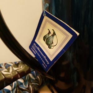 """Blue Mountain  Pottery Kitchen - 1960 NWT """"Blue Mountain Pottery """" Tea Pot.."""